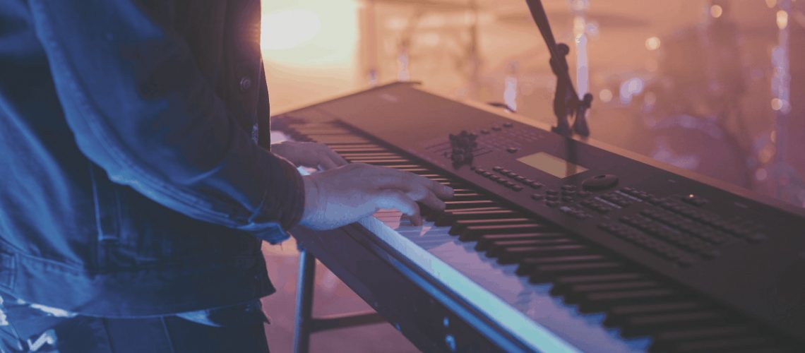 best keyboards for worship